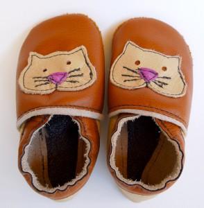 Brown Kitty Baby Booties by Deborah Anderson